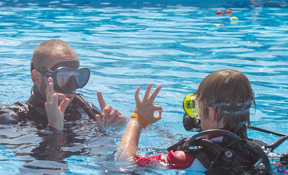 Taucherfahrung+Bungalow Resort Unterkunft